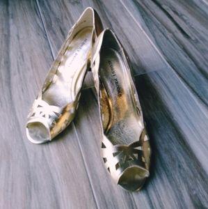 """Shoes - EUC SZ 8 Audrey Brooke Golden 3.5"""" Pump Heels"""